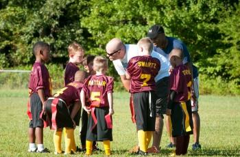 lo que significa ser entrenador de fútbol base