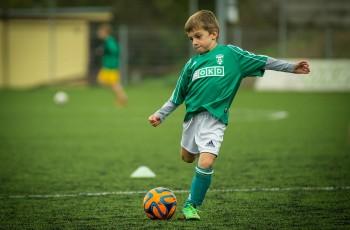 cómo entrenar niños para el fubol